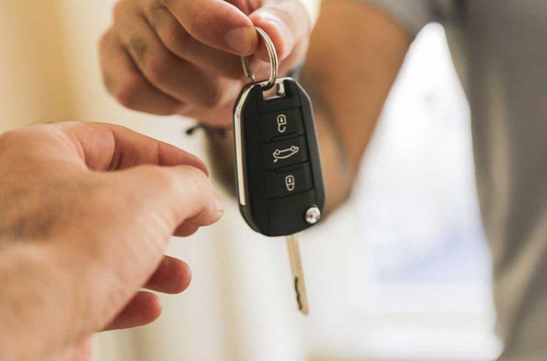 Làm thế nào để mua một chiếc xe hơi với ngân sách sinh viên