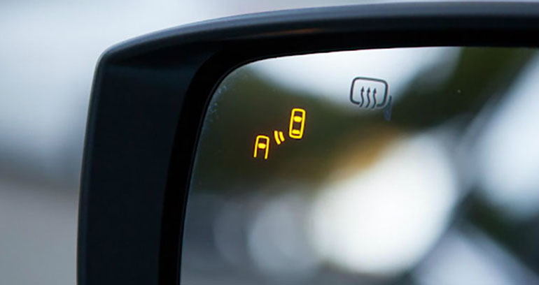 Bảy tính năng an toàn cần tìm nếu bạn đang mua một chiếc ô tô mới sau một tai nạn