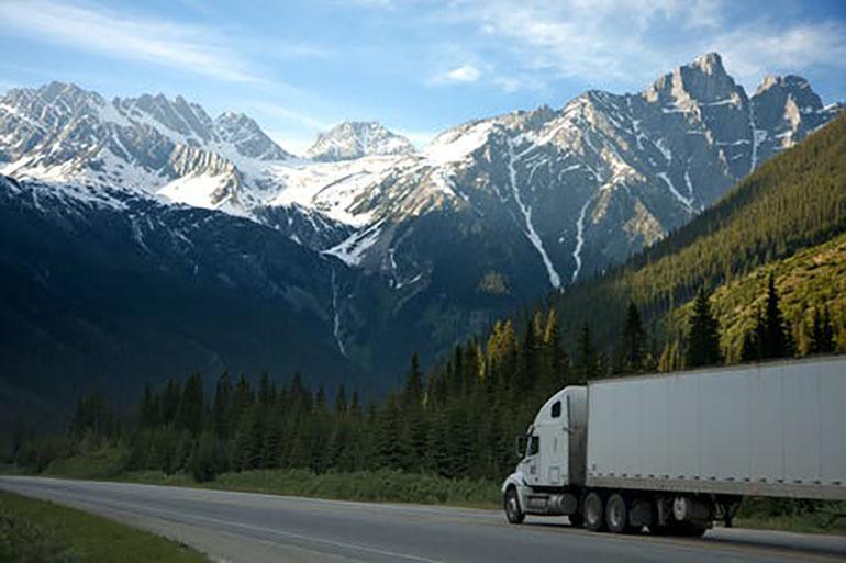Điều tra tai nạn xe tải được tiến hành như thế nào