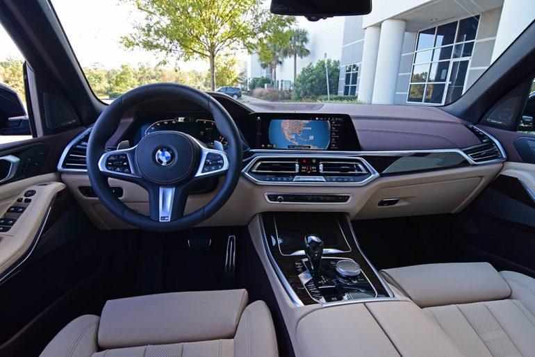 Bảng điều khiển BMW X5 xDrive50i 2019