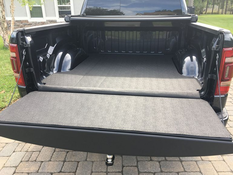 ram 1500 tấm lót giường