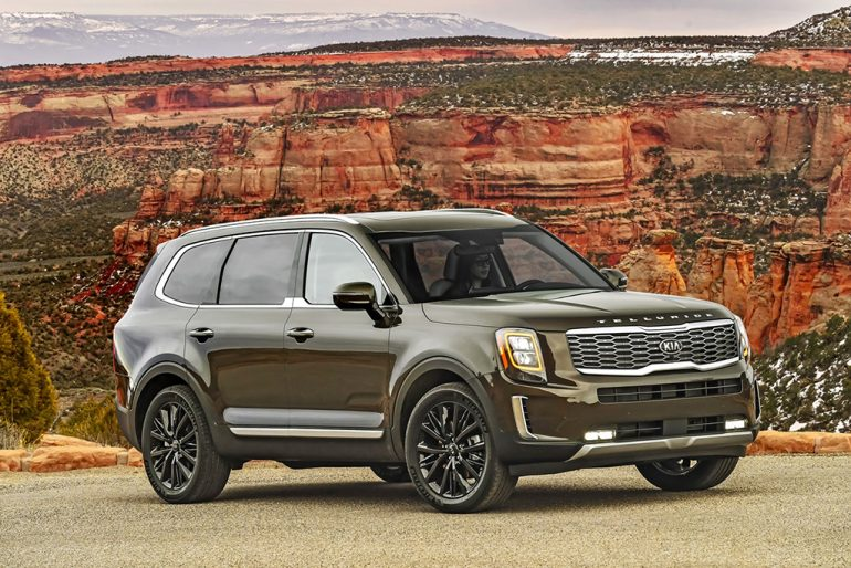 Xe hơi, SUV và xe tải của năm ở Bắc Mỹ 2020: Chevrolet Corvette Stingray, Kia Telluride, Jeep Gladiator