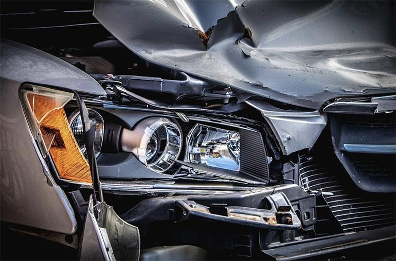 Làm thế nào để tôi thoát khỏi tai nạn ô tô một cách hiệu quả nhất?