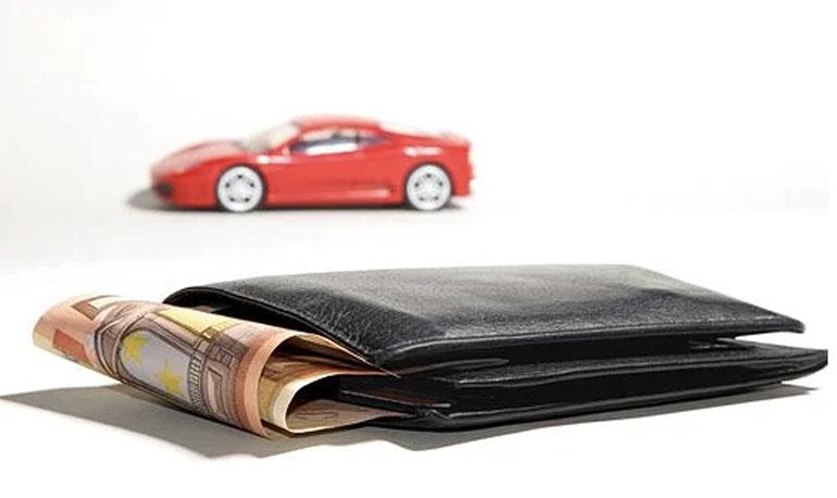 Tại sao tôi cần khoản vay khi kiện tai nạn ô tô?