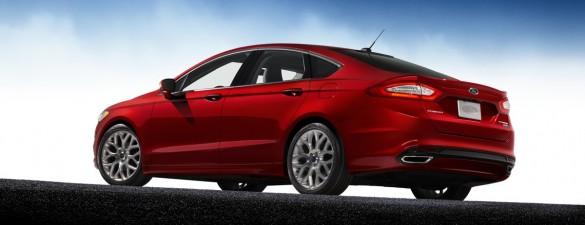 Ford Fusion 2013 có vẻ sẽ đặt ra tiêu chuẩn cho dòng xe sedan hạng trung
