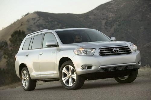 Sự nhầm lẫn của khách hàng: Những người lái xe Toyotas bị thu hồi thất vọng và lo ngại
