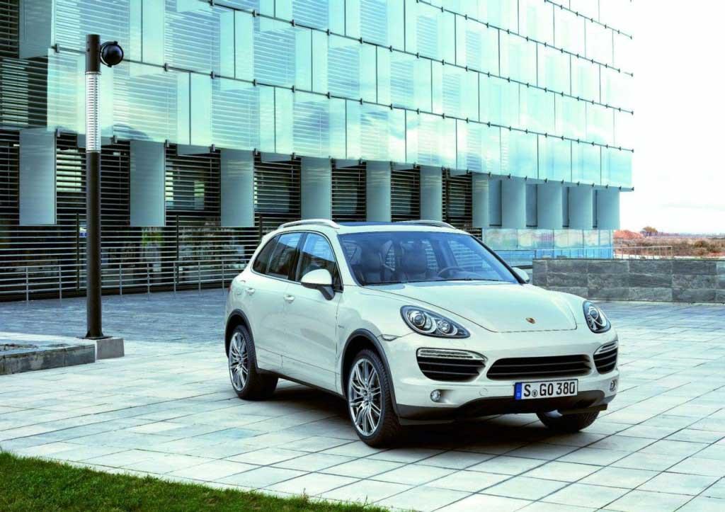 Tiết lộ chi tiết và hình ảnh chính thức của Porsche Cayenne 2011