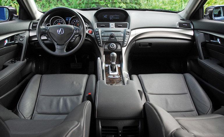 Bảng điều khiển phiên bản đặc biệt Acura TL 2014 đã hoàn thành nhỏ