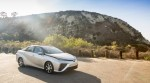 Toyota Mirai Sedan chạy bằng pin điện mang đến tương lai ô tô không phát thải cho hiện tại