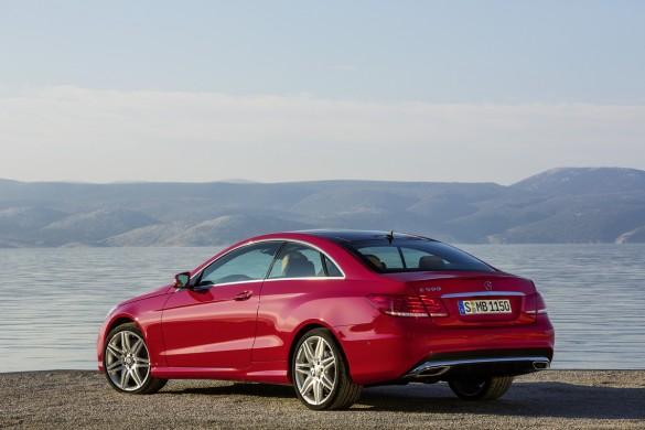 Mercedes-Benz giới thiệu E Class Coupe và Cabriolet 2014