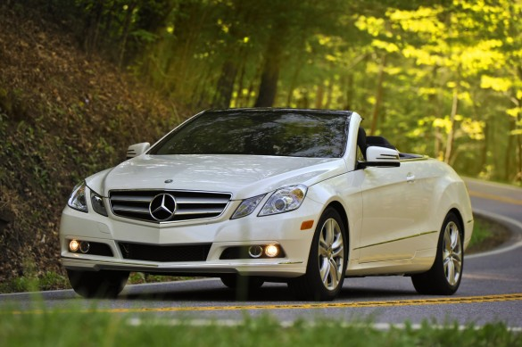 Mở Tài khoản Ngân hàng, Nhận Xe Mercedes-Benz Miễn phí