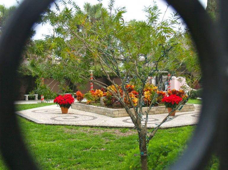 Vòng quanh vườn St. Augustine