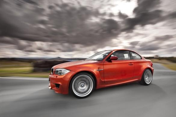 BMW tạm dừng đơn đặt hàng sản xuất cho dòng xe 1-Series M