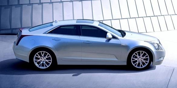 Cadillac ra mắt ATS vào năm 2012 với Động cơ 4 cyl và 'Phiên bản Hiệu suất' ATS-V