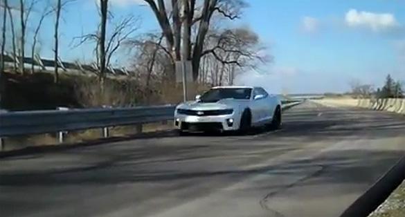 Chevrolet Camaro ZL1 2012 giới thiệu tap-lô sang số nhanh hơn, hộp số tự động sang số