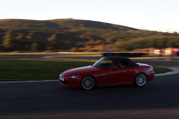 LegitLifestyle.com Lựa chọn chiếc xe thể thao tốt nhất với giá dưới 10.000 đô la