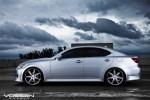 Ánh nắng mặt trời vào một ngày nhiều mây: Lexus IS 250 Rocking Vossen VVS-086 Bánh xe 20 inch