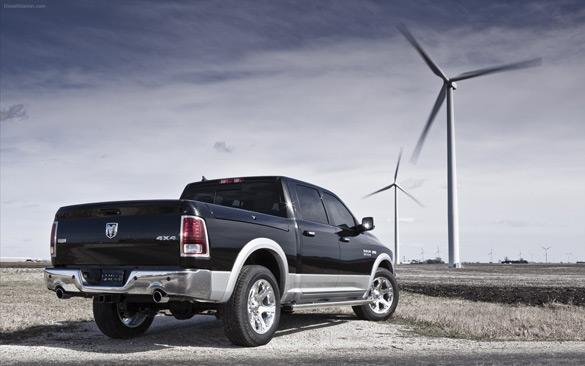 Ram 1500 Được đặt tên là Xe tải Bắc Mỹ 2013 / Tiện ích của năm