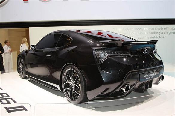 Toyota FT-86 có thể mang lại hứng thú lái xe cho Toyota?