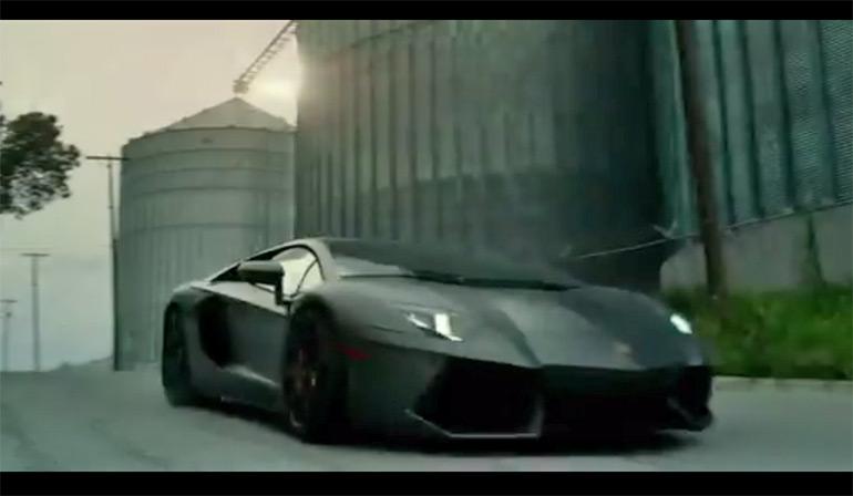 người vận chuyển-tuổi-tuyệt-chủng-lam Lamborghini-aventador